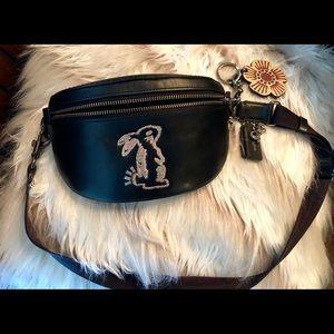 COACH Selena Gomez Bunny Leather Black Belt FP🐰